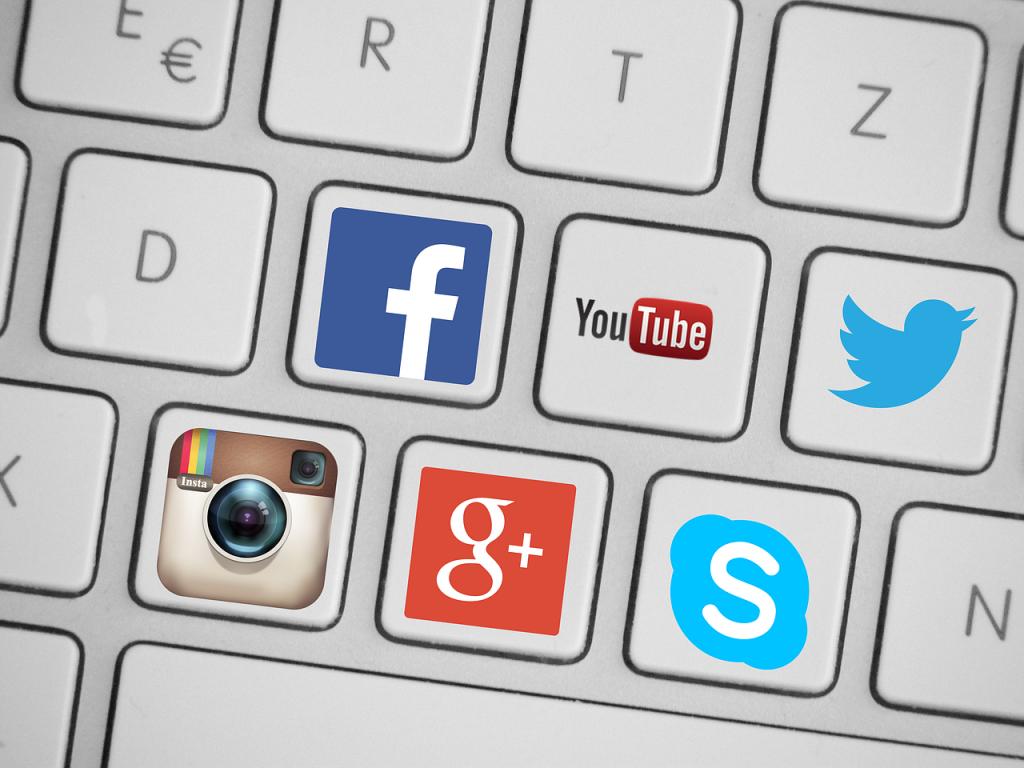 Promote a website through social media