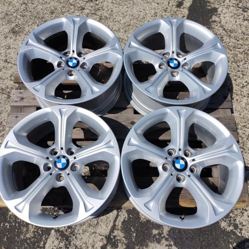 18 джанти 5х120 BMW X1 E84 styling 320 БМВ Х1 Е84 8J et30 Оригинал