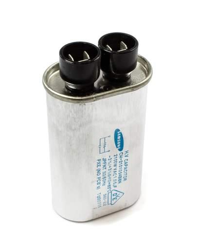 Кондензатор за микровълнова фурна